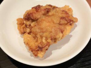 「ザンギ」とは鶏の唐揚げのこと(写真は布袋のザンギ)