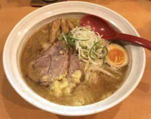 人気の「味噌らーめん(Wスープ)」