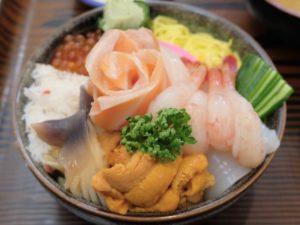元祖の「海鮮丼」