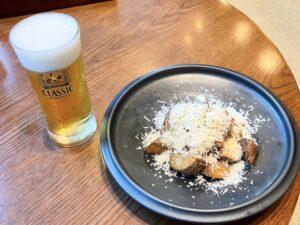 生ビールと「フライドポテト」