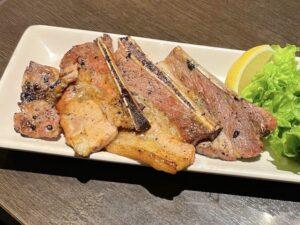 「豚肉のスペアリブ」