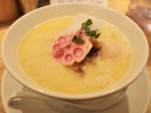 人気の「鶏白湯Soba」
