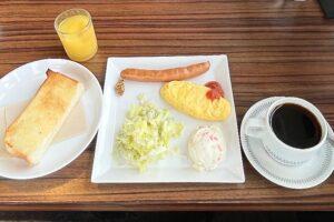 盛り沢山の「円山の朝食セット」