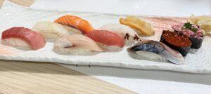 「おまかせミニコース」の寿司10貫
