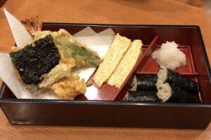「そば寿司・玉子焼き・天ぷら」のセット
