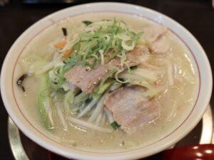 店名を冠するタンメン「大豚白麺」